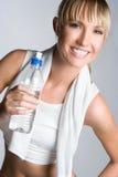 вода девушки бутылки Стоковое Фото