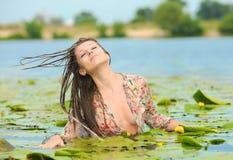 вода девушки Стоковые Изображения RF