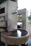 вода из крана Стоковые Фото