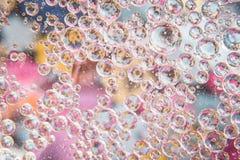 Вода клокочет пинк кристалла Стоковое фото RF
