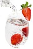 вода клубники плодоовощ стеклянная стоковые изображения