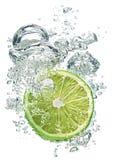 вода ломтика известки Стоковая Фотография RF