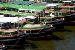 вода перевозкы груза корабля реки hamburg habor elbe Стоковые Фото