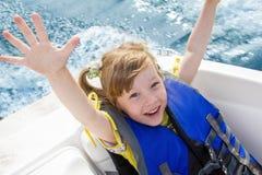 вода перемещения детей шлюпки стоковое фото rf