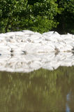 вода песка потока мешков стоковые изображения rf