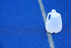 вода пластмассы галлона стоковое фото rf