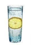 вода стеклянного лимона сверкная Стоковое Изображение