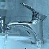 вода faucet открытая Стоковая Фотография RF
