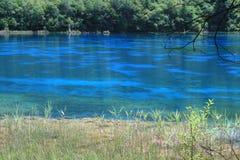 вода jiuzhaigou 2 син Стоковая Фотография