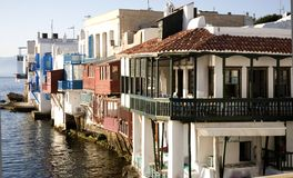 вода santorini зданий i Стоковое Фото