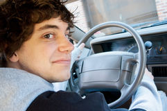 водитель предназначенный для подростков стоковые фото