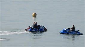 Водные виды спорта клуба лыжников двигателя сток-видео