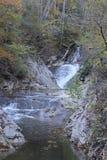 Водопады заводи горы стоковое изображение rf