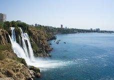 водопад вертепа d Стоковые Изображения
