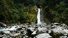 Водопад ворот гиганта сток-видео