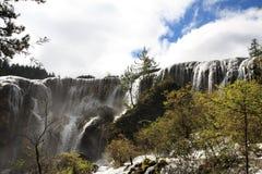 Водопад в национальном парке Jiuzhaigou Стоковые Фото