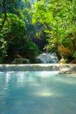 Водопад в тропическом глубоком лесе на национальном парке Erawan Стоковые Изображения