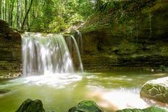Водопад на реке Mebre 12 Стоковые Изображения RF