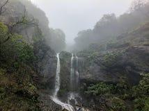 Водопад на Mahabaleswar стоковое изображение rf
