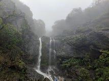 Водопад на Mahabaleswar стоковая фотография rf