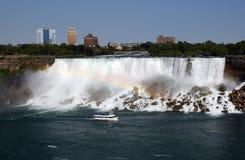 водопад отключения радуги Стоковые Фото