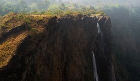 Водопад от гор стоковые фото