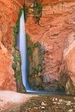 водопад пустыни стоковые изображения rf