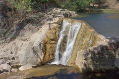 Водопад сценарный водопад расположенный в Georgia Стоковое Изображение
