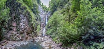 водопад 3-шага безыменный Около Сочи, Россия Стоковые Изображения