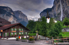 водопад Швейцарии горы ландшафта Стоковые Изображения RF