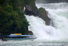 водопад Швейцарии Стоковое Изображение