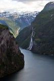водопад 7 сестер стоковое фото