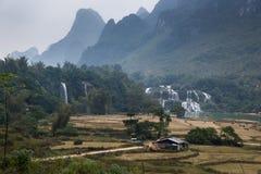 Водопад Bondjok Северный Вьетнам стоковые фото
