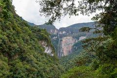 Водопад Gocta в Перу стоковая фотография