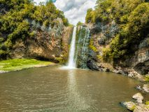 Водопад - Hunua, Новая Зеландия Стоковое фото RF