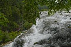 водопад jiuzhaigou зоны сценарный Стоковая Фотография RF