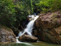 Водопад Kerawang Titi, Balik Pulau, Penang Стоковые Фото