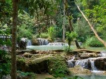 Водопад Kuang Si в prabang Luang, ЛАОСЕ Стоковое Изображение