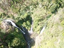 Водопад Lemukih в Бали стоковая фотография rf