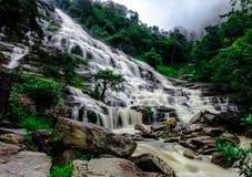 Водопад Mae Ya стоковая фотография rf