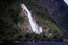 водопад Milford Sound Стоковое Изображение RF