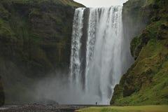водопад skogafoss Исландии Стоковые Изображения