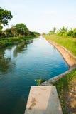 водопотребление для орошения запруды Стоковые Изображения RF