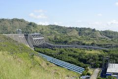 Водосброс запруды Magat гидро электрической в гористом Ifugao стоковые изображения