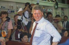 Воевод Bill Clinton встречает людей городка Стоковое Фото