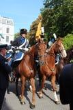 Военная полиция на лошадях во время дня принца проходит парадом в Гааге стоковое фото