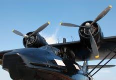 военное время летания шлюпки Стоковые Изображения