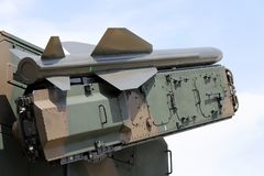 Военное транспортное средство с малой ракетой Стоковое Изображение