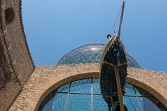 Военноморской экипаж, или барк торжественного в музее Dali, внутри Стоковое Изображение