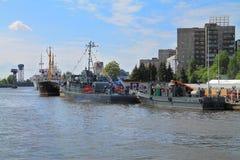 Военные корабли на обваловке реки Pregolya Стоковая Фотография RF